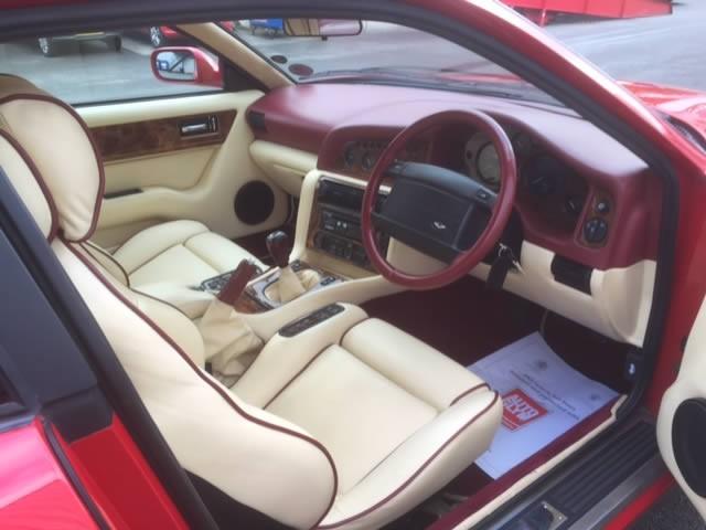 1997(Oct) Aston Martin 550