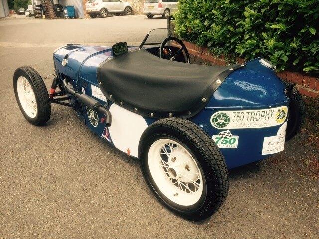 Classic Racing Cars Pics