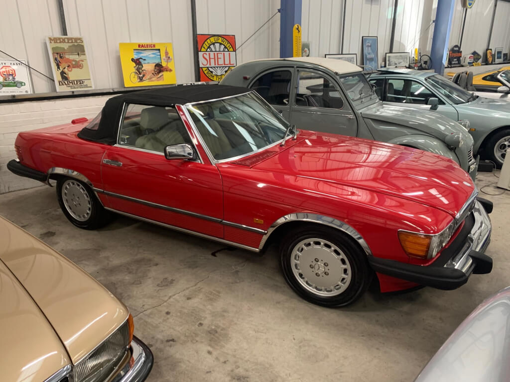 1988 Mercedes 560SL Sports. LHD