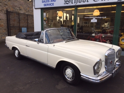 1965 Mercedes 220SEB convertible SOLD!