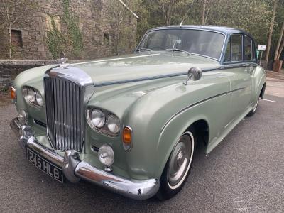 [SOLD] 1964 Bentley S3 saloon