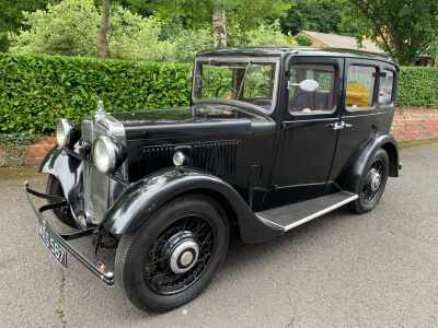 1934 Morris 10/4 sliding head saloon
