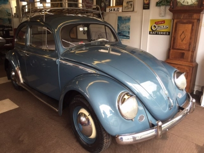 1954 VW Beetle (Oval window)